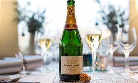 NYE silver barracuda Champagne