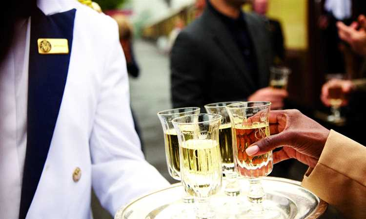british pullman drinks on tray